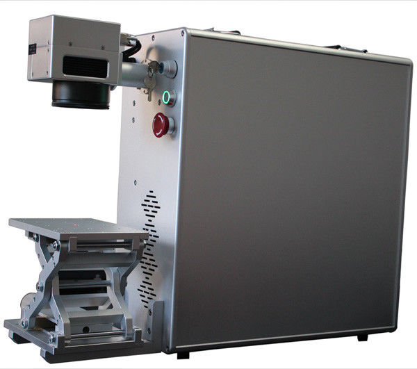 High Speed 20w Fiber Laser Engraving Equipment For Metal Medical Instruments